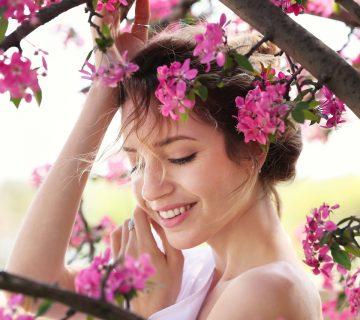 Wiosenna regeneracja! 3 zabiegi odmładzające, które warto wykonać wiosną